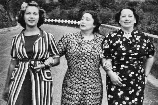 214014-675x450-italian-fashion-1930